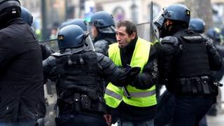 Polizisten erhalten Lohnerhöhung für ihre Überstunden