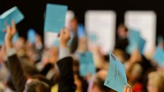 Fünf Parteien fassen die Parolen für den 14. Juni