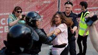 Über tausend Festnahmen bei Demonstration in Moskau