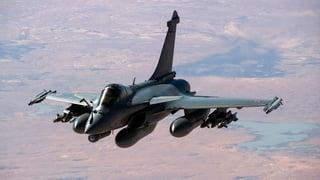 Frantscha sgola danovamain attatgas sin il SI en Siria