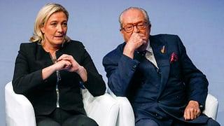 Jean-Marie Le Pen vul restar en la politica
