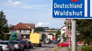 Schweiz bleibt Magnet für Grenzgänger