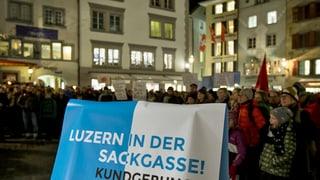 Luzerner Parteien bringen sich vor dem Spar-Showdown in Stellung