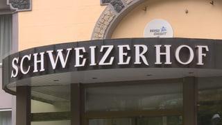 Possessur vul mantegnair il Schweizerhof a Vulpera