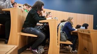 Vor 15 Jahren haben die Schweizer Universitäten die Bologna-Reform umgesetzt. Nicht alle sind damit zufrieden.