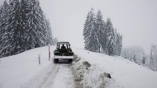 Zentralschweizer Bauern sollen umweltfreundliche Traktoren kaufen