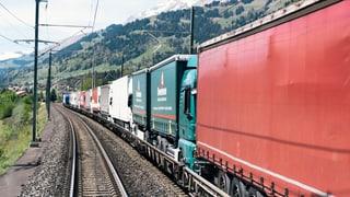 Hunderte Güterzüge stecken fest