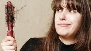 Video «Weiblicher Haarausfall, 30 Jahre Kunstherz, Hirntest bei Koma» abspielen