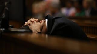 Pistorius übergibt sich im Gerichtssaal