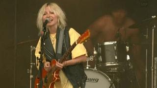 Jetzt live: Velvet Two Stripes am Gurtenfestival
