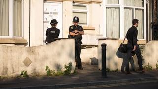 Bisher zehn Festnahmen, zwei Personen wieder frei