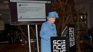 Elizabeth ist jetzt Twitter-Königin