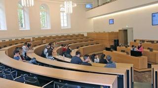 Dieter Egli und Milo Stutz diskutieren über Rolle des Jugendparlamentes