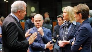 Flüchtlingskrise: EU will Ausweichrouten verhindern