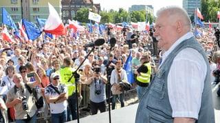 Lech Walesa schliesst sich Protesten an