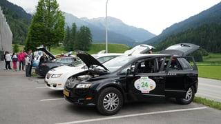 La pli gronda rallye d'autos electrics visita Savognin
