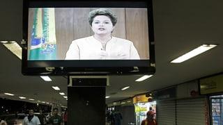 Brasiliens Präsidentin geht auf die Demonstranten zu