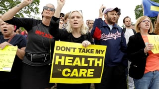 Wie sich Trump an «Obamacare» die Zähne ausbeisst