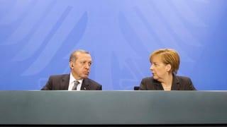 Um wessen Gunst wirbt Erdogan in Berlin?
