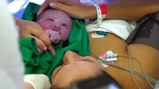 Warum entbinden immer mehr Frauen ihr Kind per Kaiserschnitt? Der Film von Antje Christ geht dieser Frage nach.