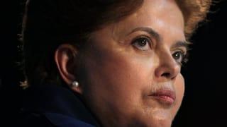 Rousseff è suspendida