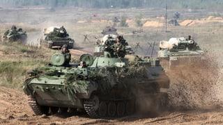 Russen-Manöver ängstigt die Nachbarn