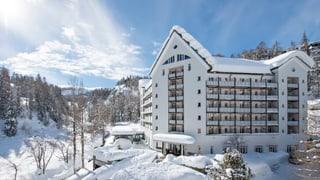 L'Hotel Schweizerhof pudess prest vegnir en mauns arabs