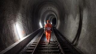 Tunnel da viafier Weissenstein duai vegnir sanà