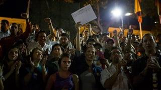 1,5 milliuns suttascripziuns cunter president da Venezuela