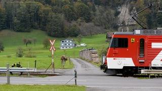Keine ungesicherten Bahnübergänge mehr bei der Zentralbahn