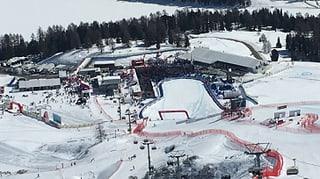 Duas varts da la muntogna durant il cup mundial da skis