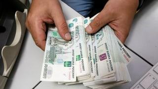 Russische Firmen sollen den Rubel retten