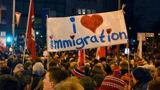Breiter Widerstand gegen wachsende Pegida-Bewegung in Dresden