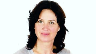 Menga Huonder-Jenny (Artitgel cuntegn video)