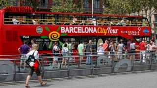 Auch anderswo wird gegen den Massentourismus gekämpft. Wie in Barcelona damit umgegangen wird, lesen Sie hier.