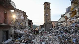 Tausende Italiener müssen vorerst in Zelten ausharren