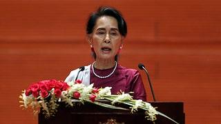 Suu Kyis hilfloser Hochseilakt
