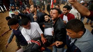 Morts e blessads tar ils protests en la Strivla da Gaza