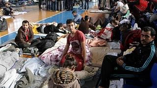Griechenland bittet um Geld und droht