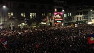 Meisterjubel in Basel: Tausende FCB-Fans feiern