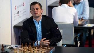 Mamedscharow überrumpelt Weltmeister Carlsen