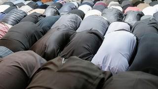 Angeklagter Imam predigt ungehindert in Schweizer Moscheen