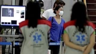 Kritik an Ebola-Checks der Flughäfen