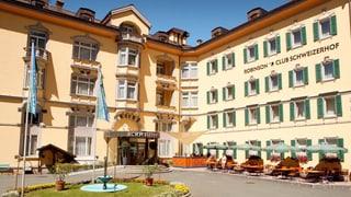 Schoc en Engiadina Bassa: Hotel Schweizerhof serra sias portas