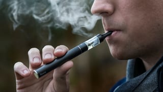 Auch Kinder können nikotinhaltige E-Zigaretten kaufen