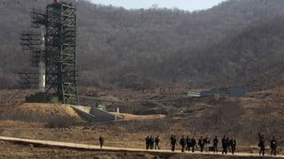 Nordkorea: Rakete bringt Satelliten auf Erdumlaufbahn