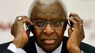 IOC retira commembranza d'onur a Lamine Diack
