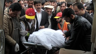 Pakistan: Taliban verurteilen Angriff auf Gericht