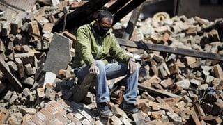 Passa 4'100 morts suenter terratrembel en il Nepal