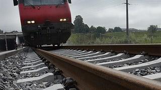 Schon wieder Betonplatten auf SBB-Gleise gelegt